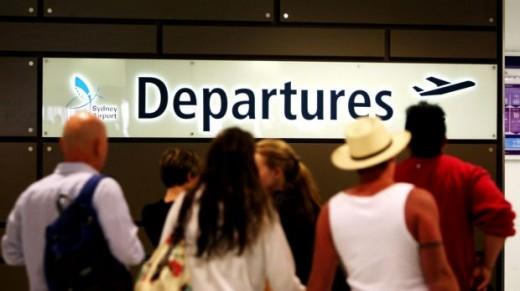 airportdepartures.peterbraig.smh
